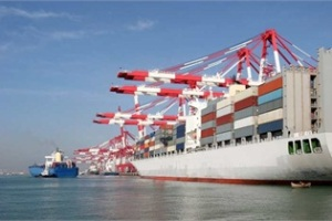 M-Tariffs-containership-15